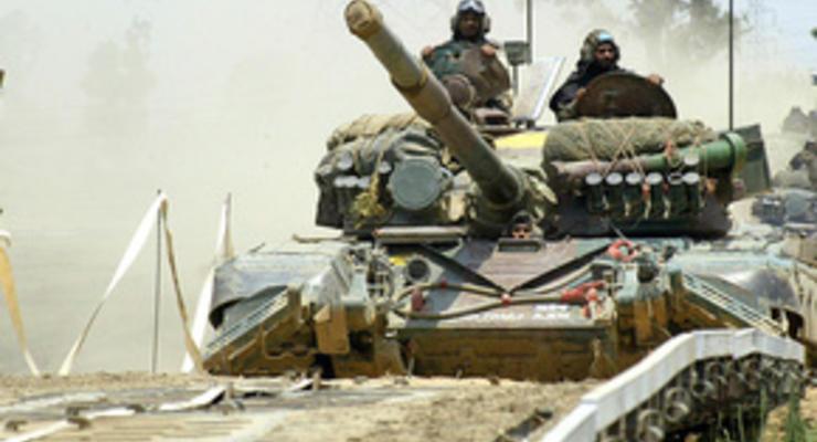 Азербайджанские СМИ сообщили о передаче Россией Армении оружия на $800 млн