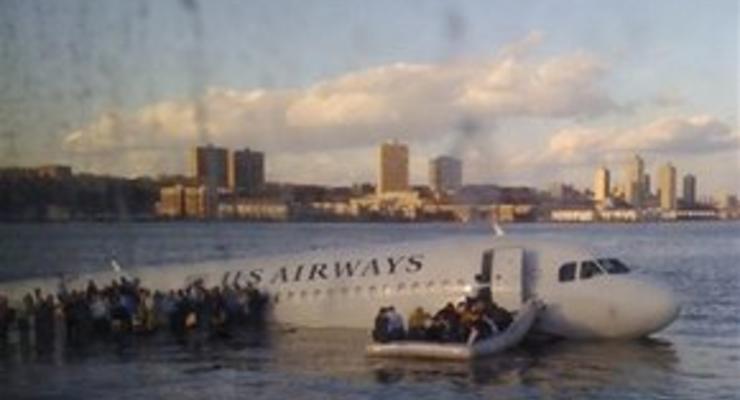 В аварии аэробуса в Нью-Йорке пострадали 78 человек