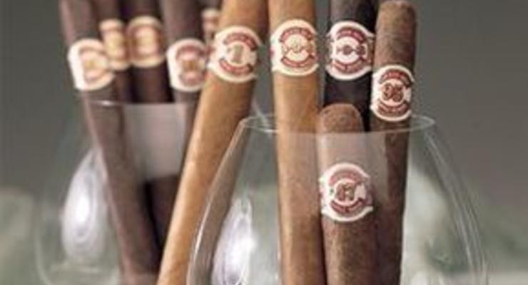 Сигары Обама достигают рекордного уровня продаж