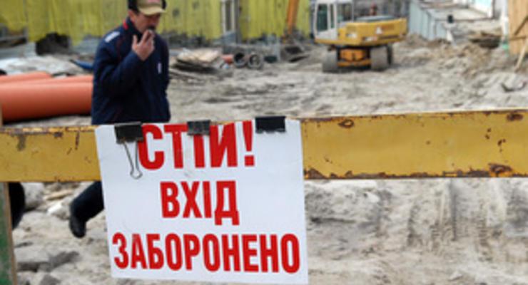 Прокуратура перевірить законність будівництва на вулиці Десятинній у Києві