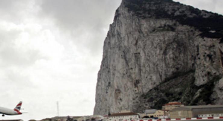 Британия думает решить спор из-за Гибралтара в суде