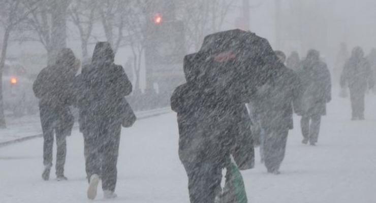 Погода в Украине: снегопад, метели и штормовой ветер