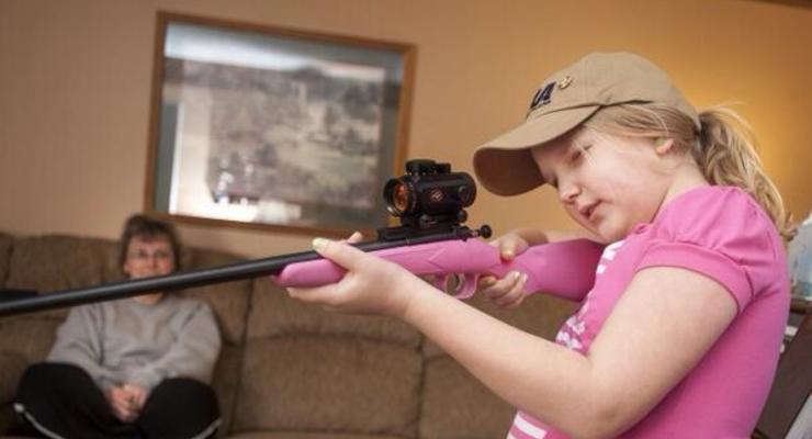 Моя первая винтовка: оружие для 5-летних девочек (фото)