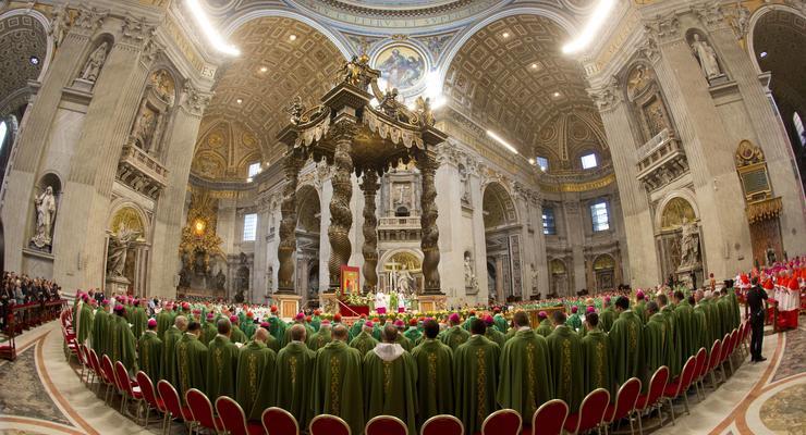 Папа римский Франциск призвал епископов пожалеть мирян