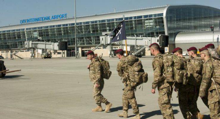 В Кремле прокомментировали прибытие десантников США в Украину