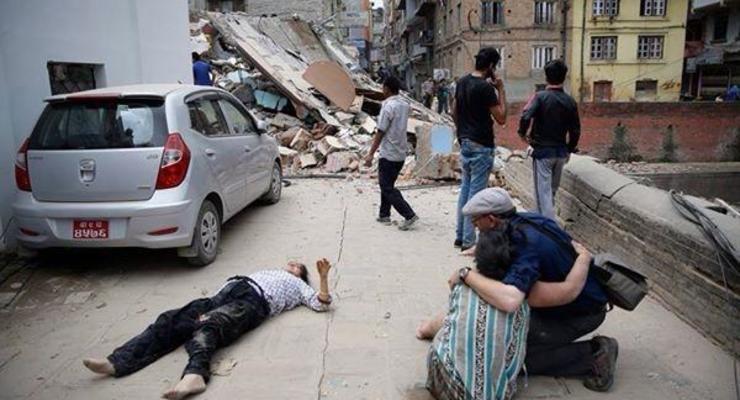 Число жертв землетрясения в Непале превысило 1800 человек