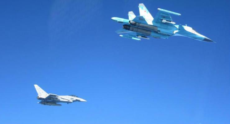 Опубликованы фото перехвата военных самолетов РФ над Балтикой