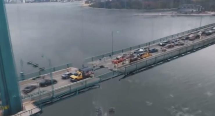 В сети набирает популярность альтернативное видео про Керченский мост