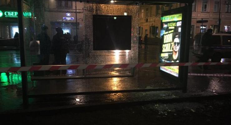 В Москве на остановке произошел взрыв