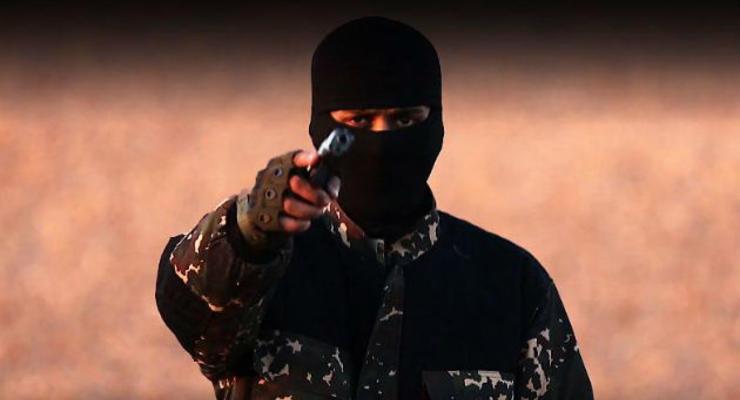 """ИГ выпустило видео казни """"британских шпионов"""" с угрозой Кэмерону"""