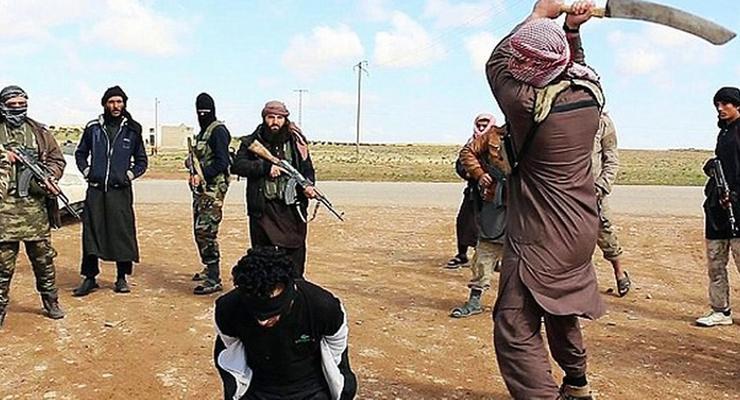 Правозащитники: В Сирии боевик ИГИЛ собственноручно казнил свою мать