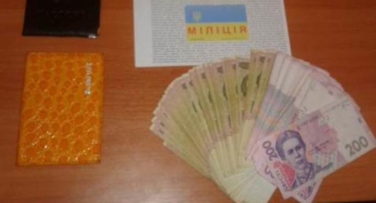 В Славянске СБУ задержала полицейских на взятках