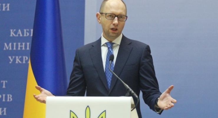 Депутаты собрали половину необходимых подписей за отставку Кабмина - Лещенко