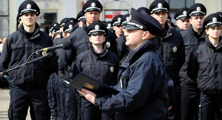 В Черновцах начала работу патрульная полиция: фото, видео
