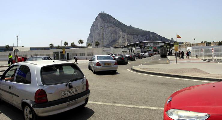 Испания предлагает Британии разделить суверенитет над Гибралтаром