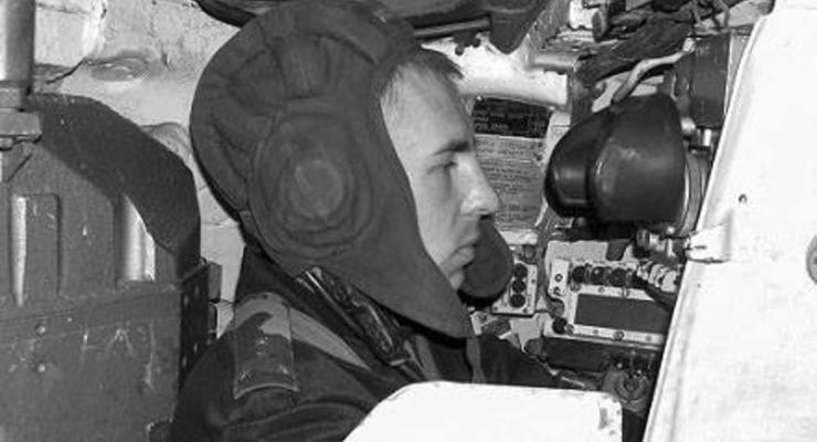 Порошенко посмертно присвоил звание Героя командиру танковой роты