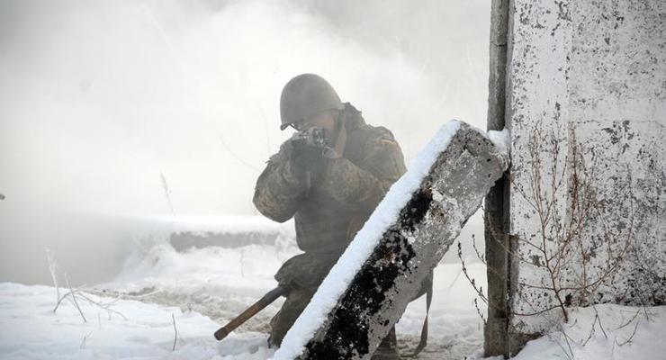"""Генерал ВСУ рассказал о трех """"огневых налетах"""" на Светлодарской дуге"""