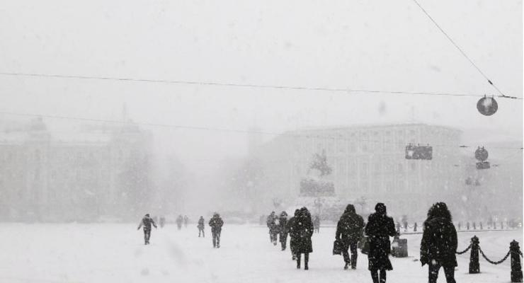 На Киев обрушилась сильная метель