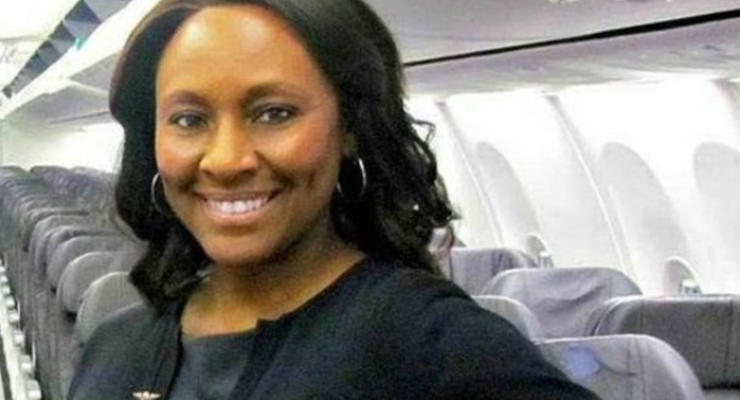 Стюардесса спасла жертву торговли людьми с помощью записки