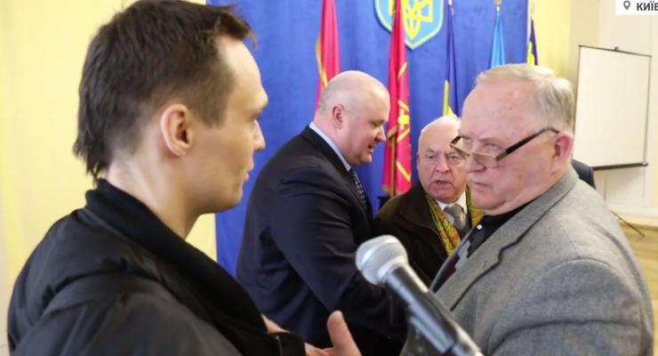 У Порошенко прокомментировали драку ветерана АТО и генерала