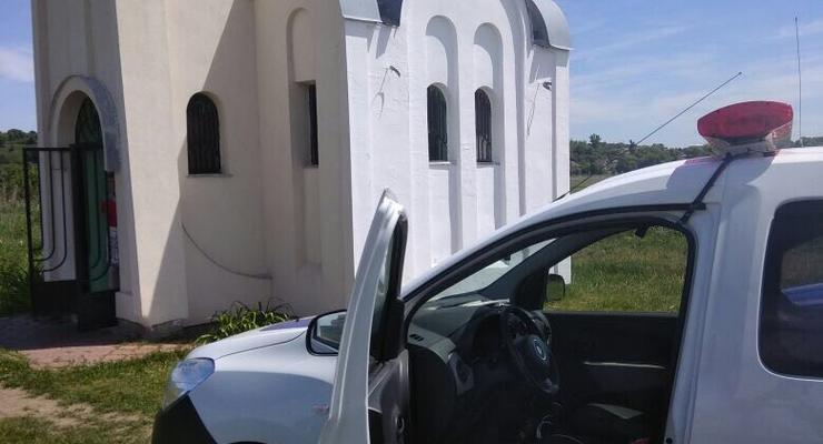 Под Киевом вандалы повредили склеп еврейского праведника
