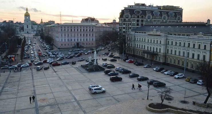 Подготовка к Новому году: в центре Киева ограничат движение
