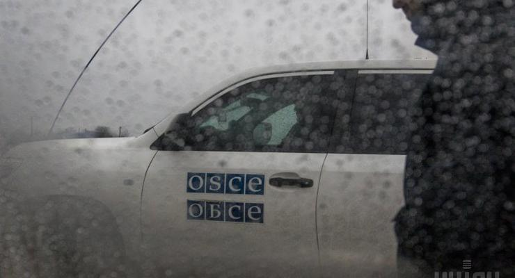 ОБСЕ: В Донецке ранен мужчина из-за попадания мины в мусоровоз
