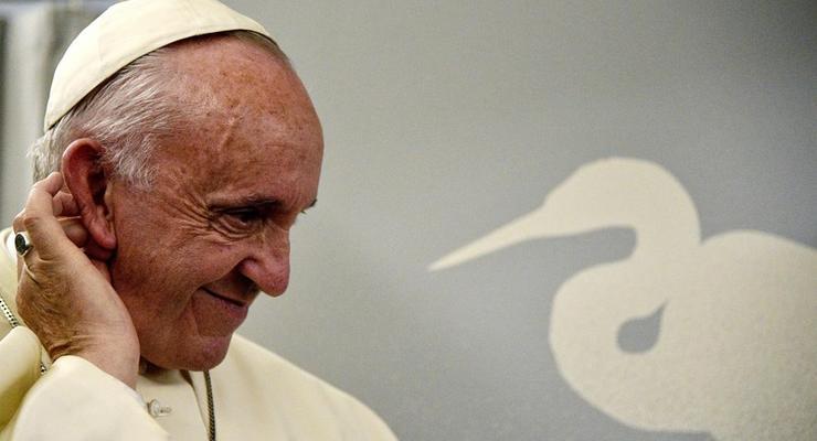 Папа Римский решил изменить молитву Отче наш