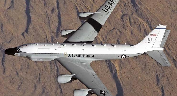 Самолет США провел разведку у границ России на юге Балтики