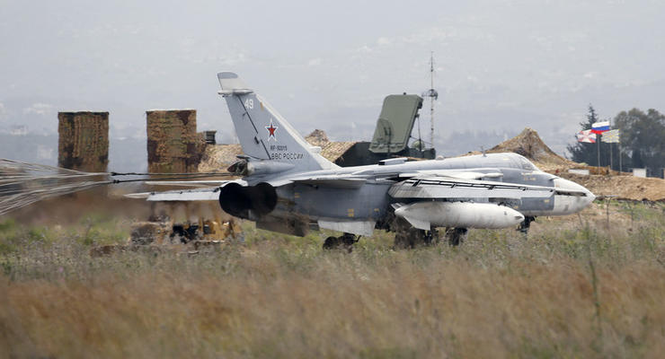 СМИ узнали, кто атаковал авиабазу России в Сирии