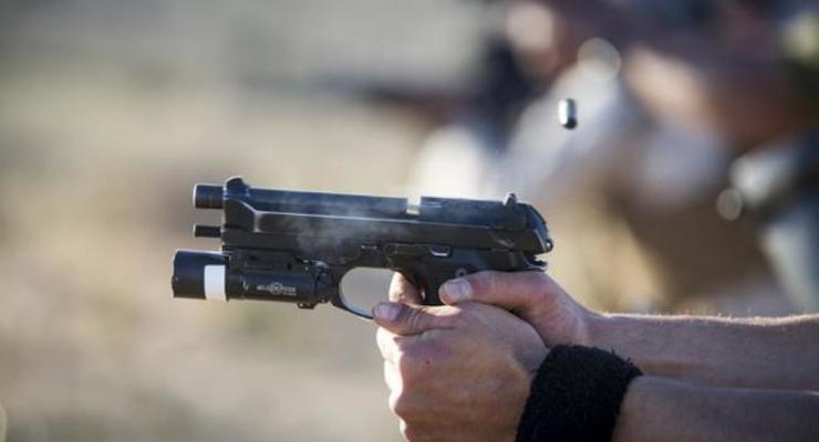 Под Киевом угонщики авто прострелили мужчине обе ноги