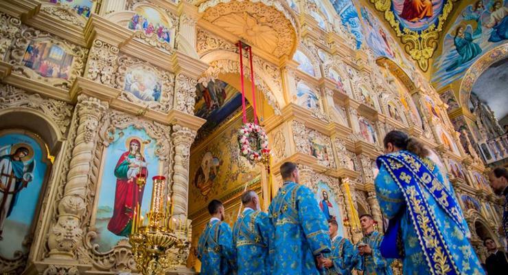 В Почаевской лавре началось празднование чудотворного образа Божией матери