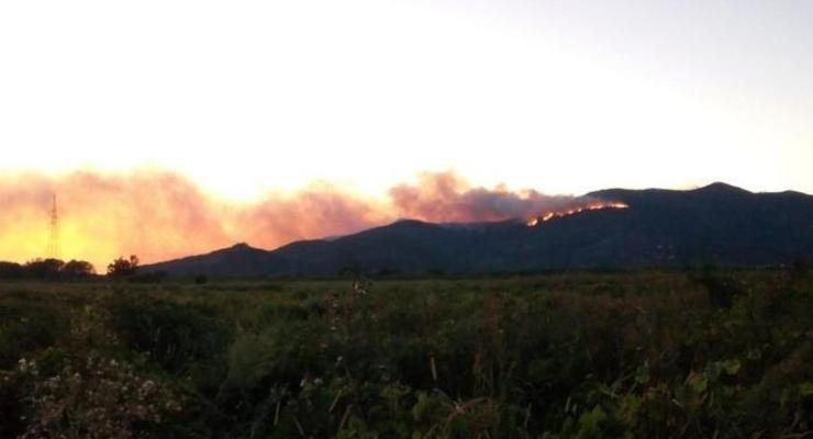 В горах Италии вспыхнул новый пожар
