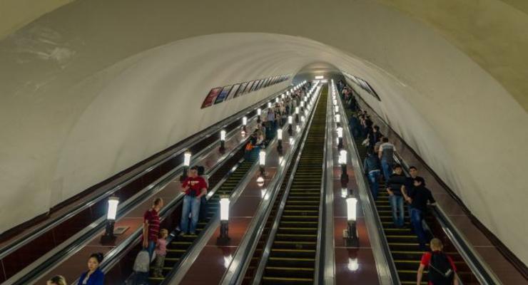 В Киеве на станции метро Арсенальная начнется капремонт эскалатора