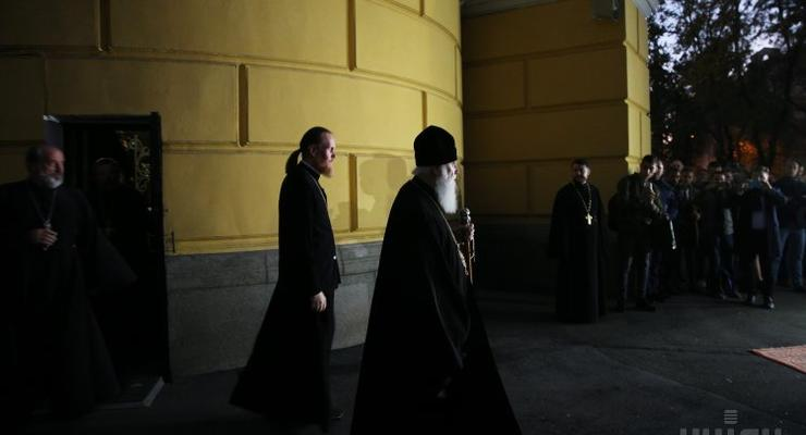 УПЦ КП начинает готовиться объединительному Собору