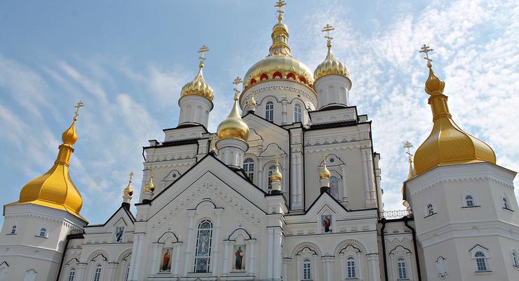 Расследуется передача Почаевской лавры УПЦ МП