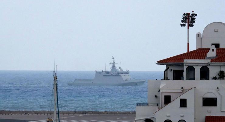 Возле Гибралтара произошел инцидент между кораблями Испании и Британии