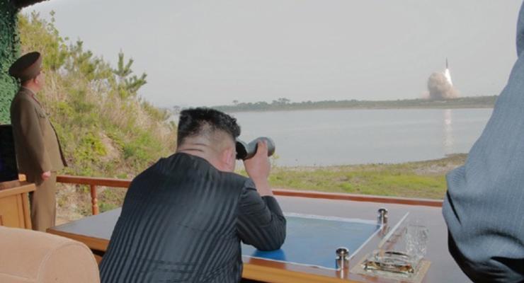 Помпео связал запуски ракет КНДР с визитом Кима в Россию