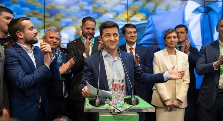 "Инаугурацию Зеленского хотят провести и в Раде, и на НСК ""Олимпийский"""