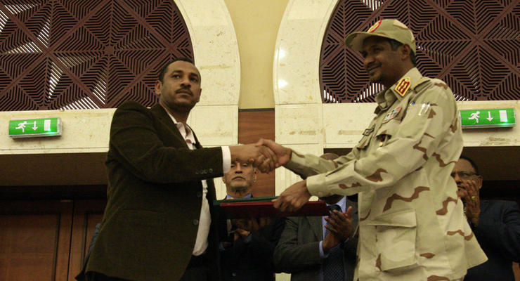 В Судане военные и оппозиция подписали соглашение