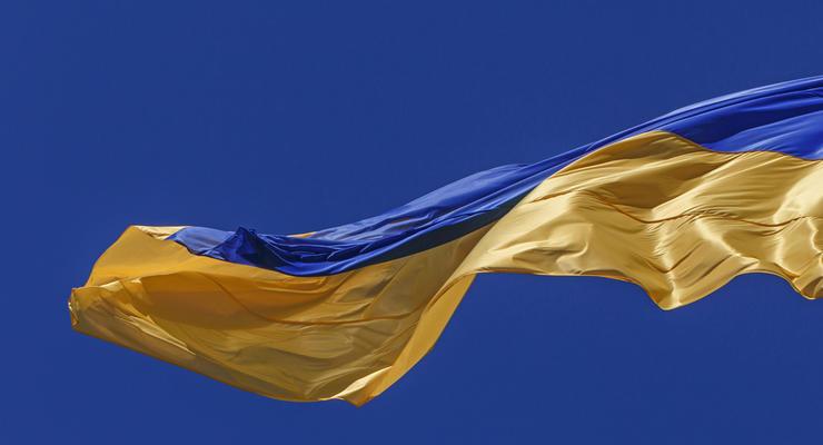 Зеленский поднимет флаг Украины на Софиевской площади