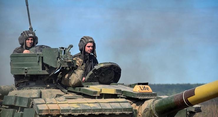 ВСУ закупят для танкистов новую форму из огнеупорной ткани
