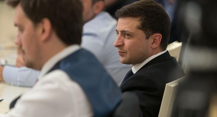 Зеленский: СМИ должны быть независимыми и украинскими