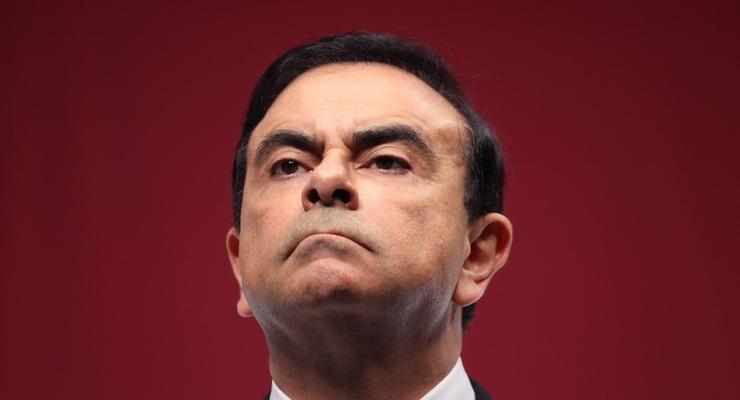 Экс-глава Renault и Nissan покинул Японию без разрешения - СМИ