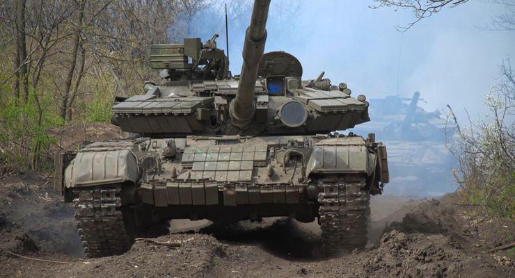 Учения в Зоне ООС: ВСУ отработали приемы танкового контрнаступления