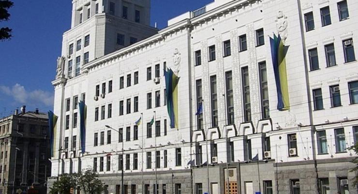Опять коррупция: В мэрии Харькова прошли обыски