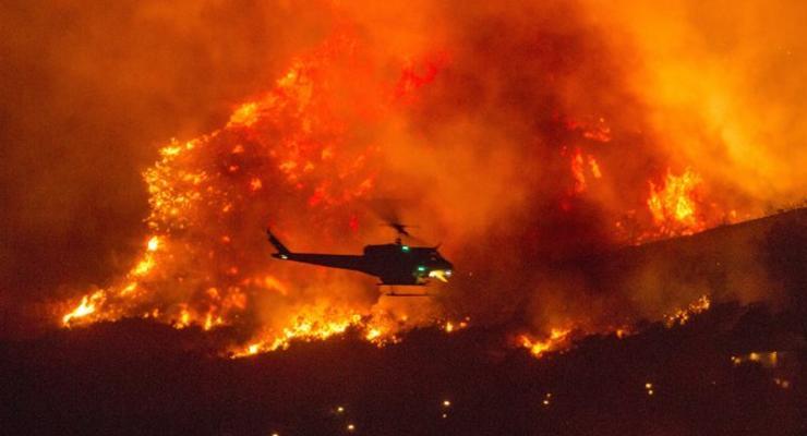 В Калифорнии огонь охватил рекордную территорию