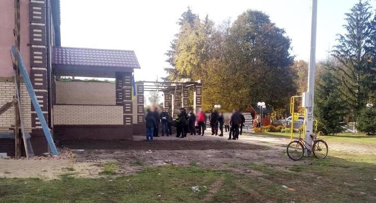 """В Сумской области работал """"фейковый"""" избирательный участок"""