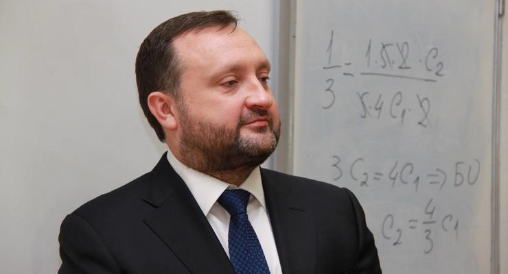 Арбузов потребовал возобновить расследование против него