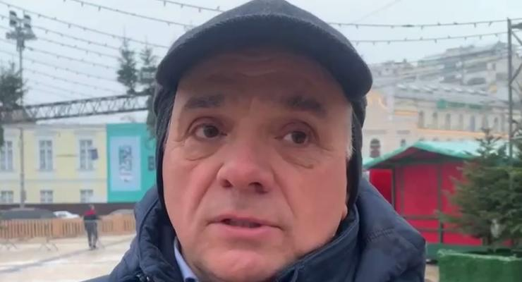 В компании-изготовителе жалеют, что сняли шляпу с киевской елки